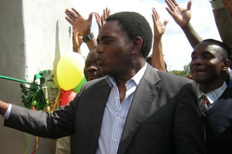 HH is greedy and working with MMD, says PF