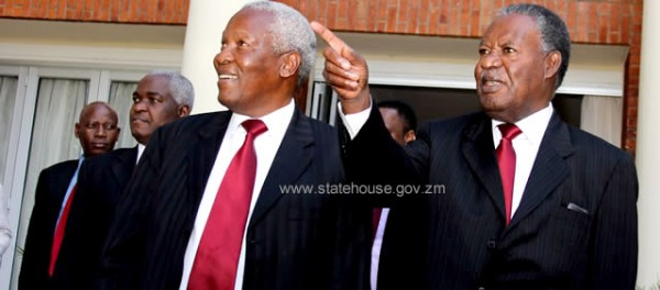 Mugabe sends Sata unknown message through his defence minister