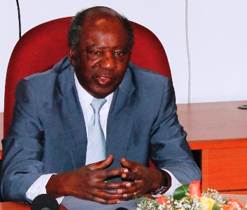 Chikwanda says Sata' salary three times below BoZ governor's pay