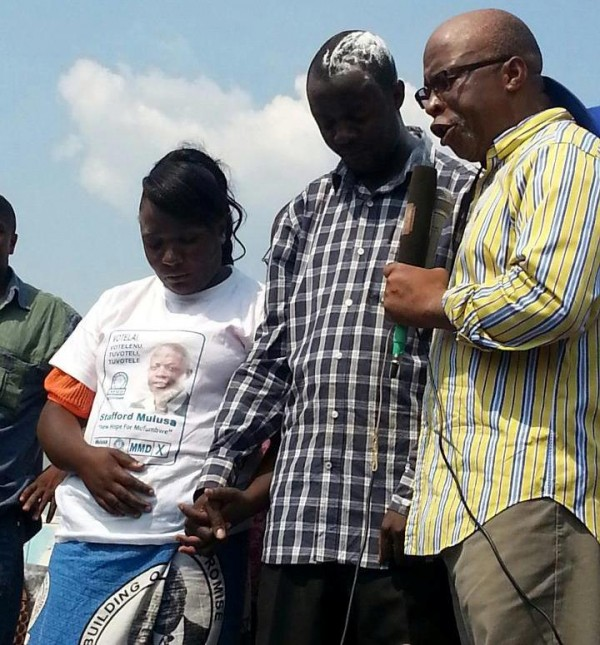 Photo of the day: Nevers Mumba praying for his candidate in Mufumbwe