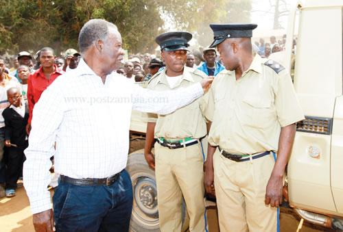 Now PF orders police to start paying for electricity