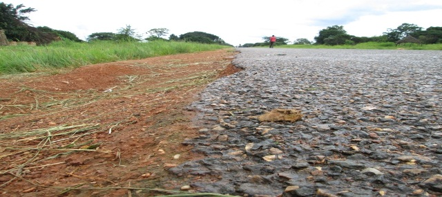 Mutanda –Chavuma Road: example of poor workmanship