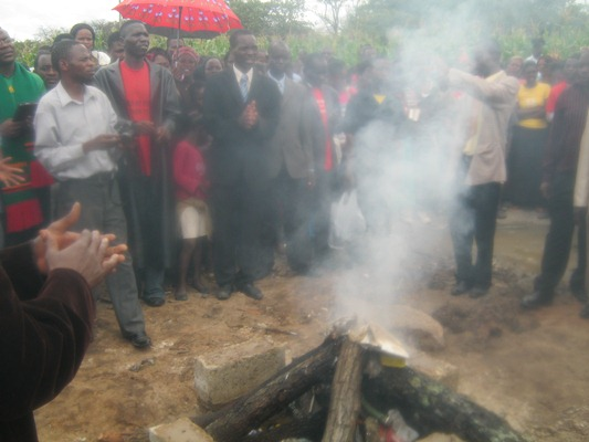 Unidentified people conduct exorcism ceremony at scene of Chibombo accident