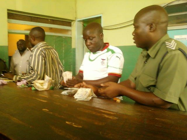 Kapiri residets arrest PF cadre found distributing K13.4 million