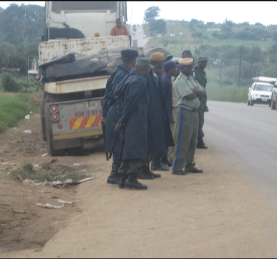 Policemen in financial problems, unhappy with PF