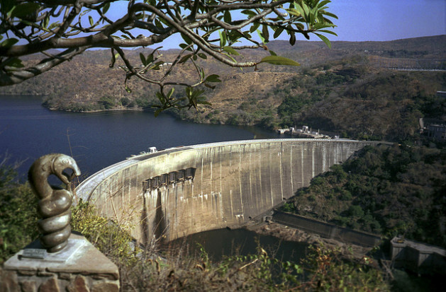 Govt official issue contradictory statements on state of Kariba dam