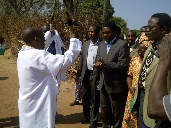 HH in Chiengi for Builile ceremony