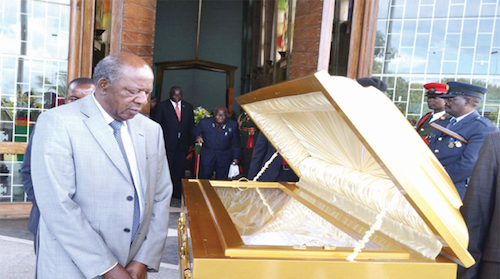 Chikwanda viewing Sata's body