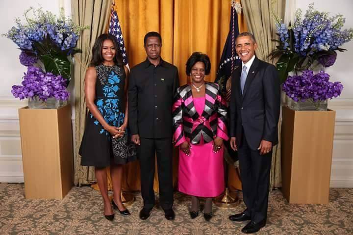 Photo of the day: Lungu manages to get photo with Obama