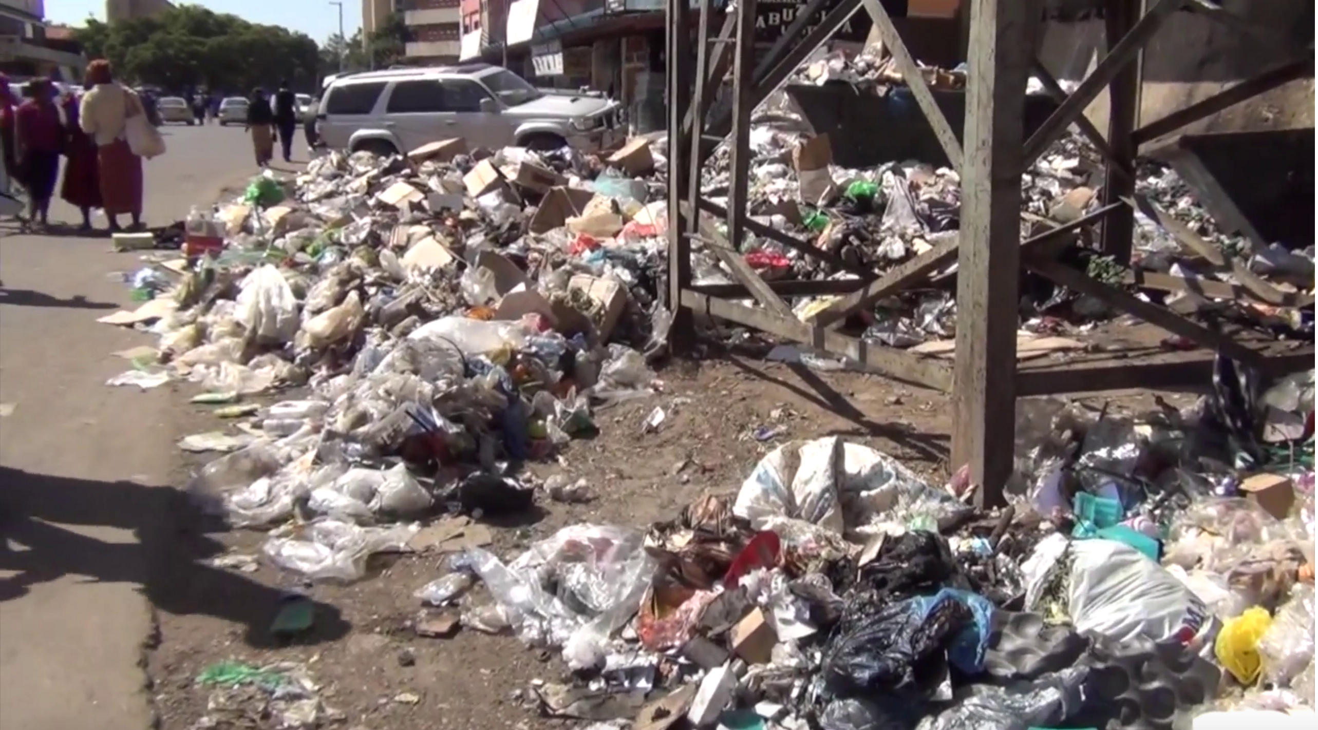 Now PF says will make electricity from garbage
