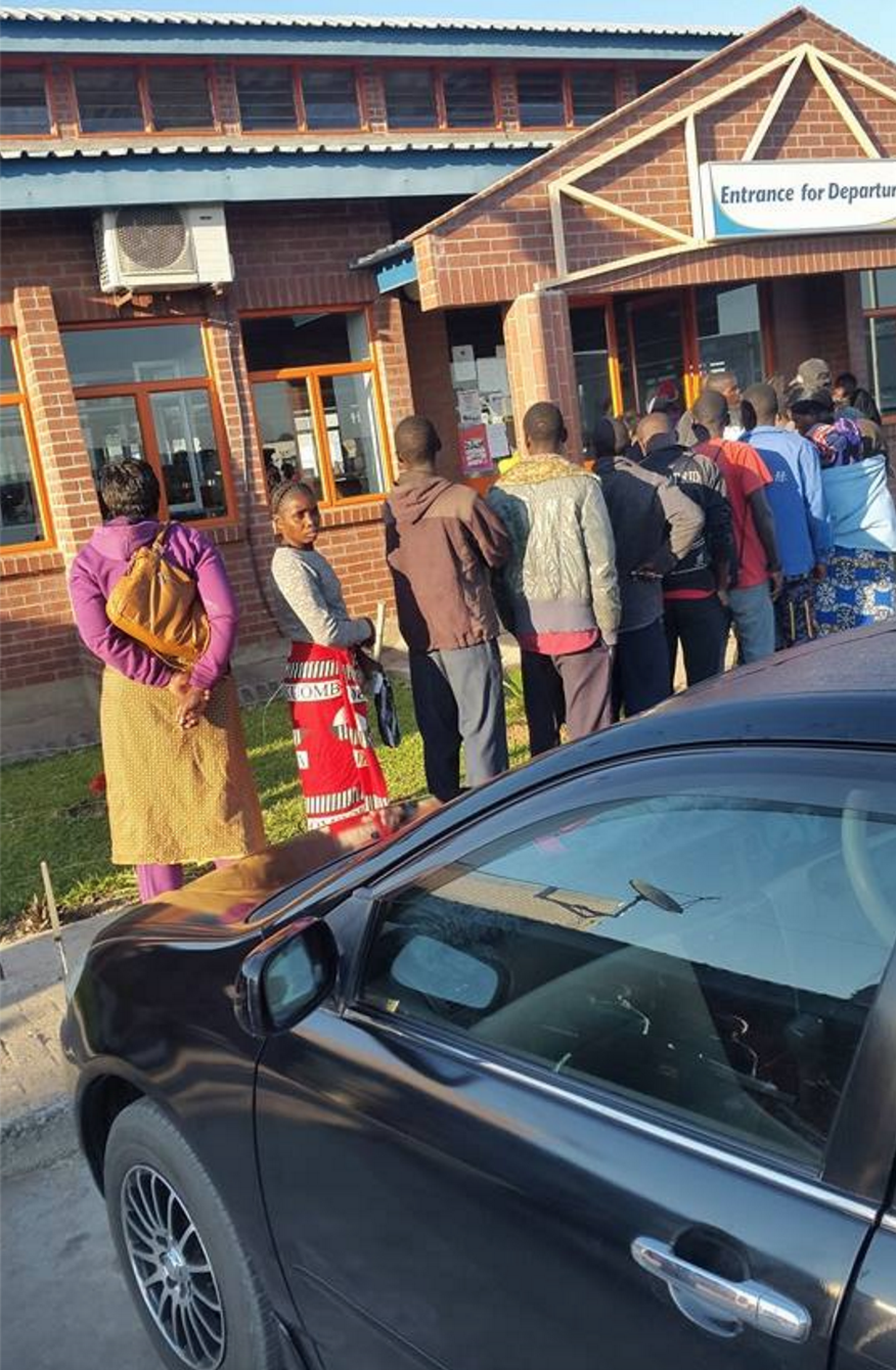 Photo of the day: Zambian queuing to exit country as early as 06 on Sunday