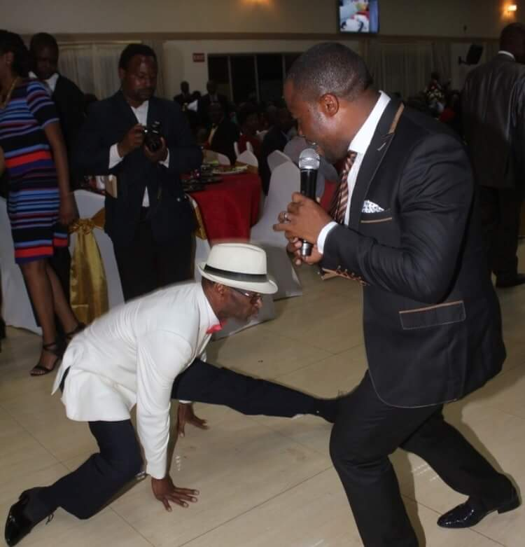 Photo of the day: PF minister dancing