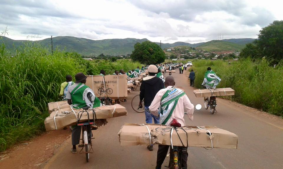 Photo of the day: Lungu distributing stolen goods in Chipata