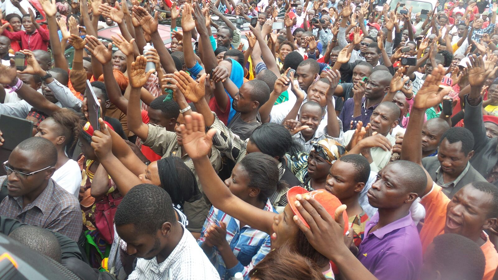 Photo of the day: UPND rally at court
