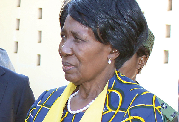 Inonge wina fails pronounce PF slogan