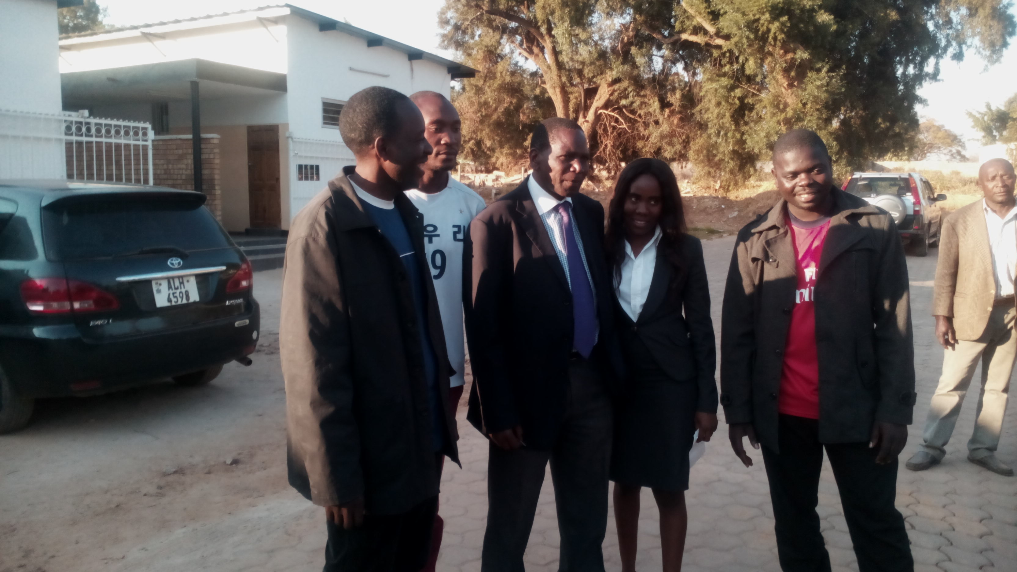 UPND youths and their lawyers Mulilo Kabesha and Mwangala Mwala (in middle) at the Kabwe magistrate court.