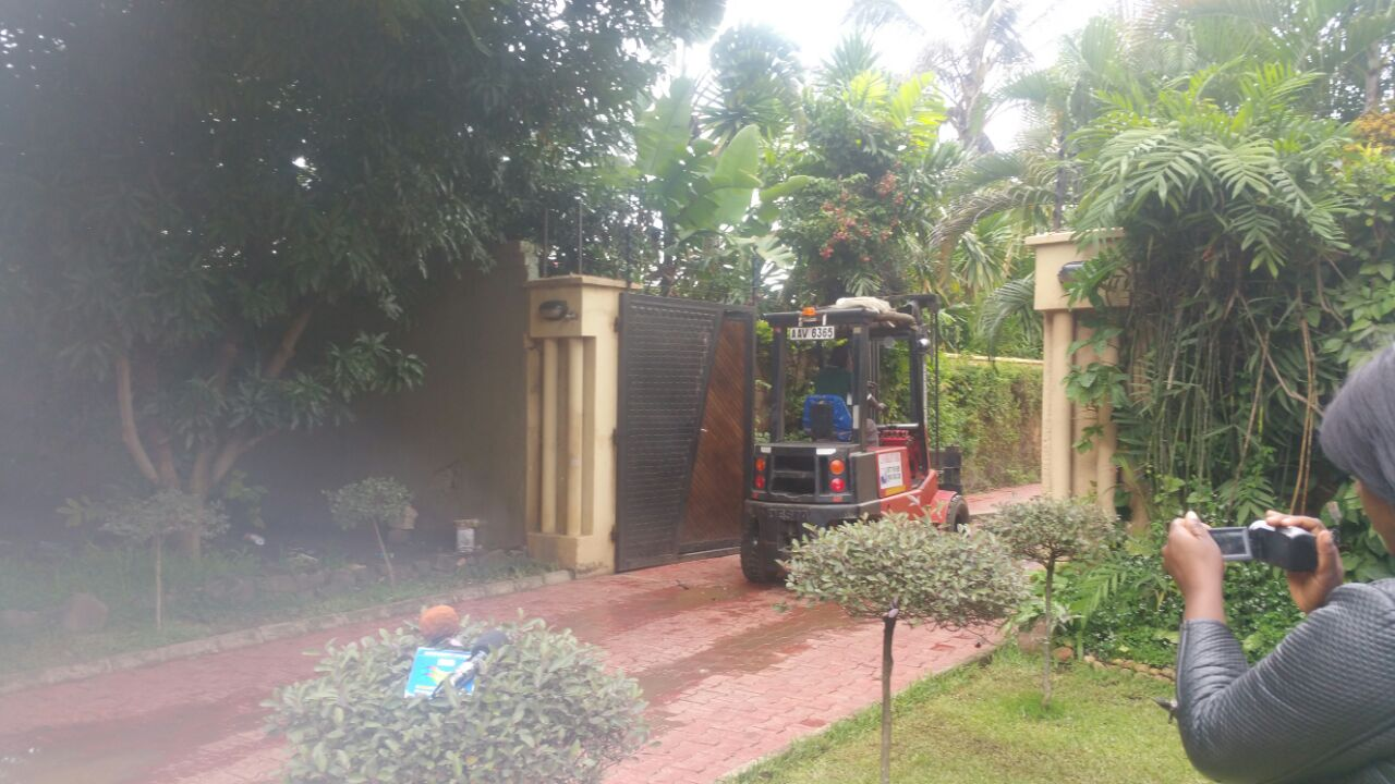 Mosho, police raid M'membe's house and forklift Mast Printer