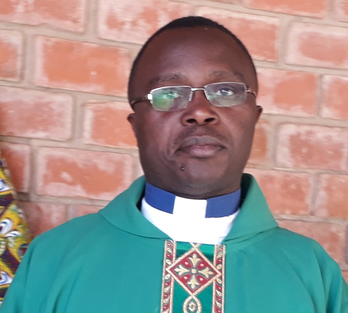 Don't allow crooks to steal cholera donations – Fr Kunda