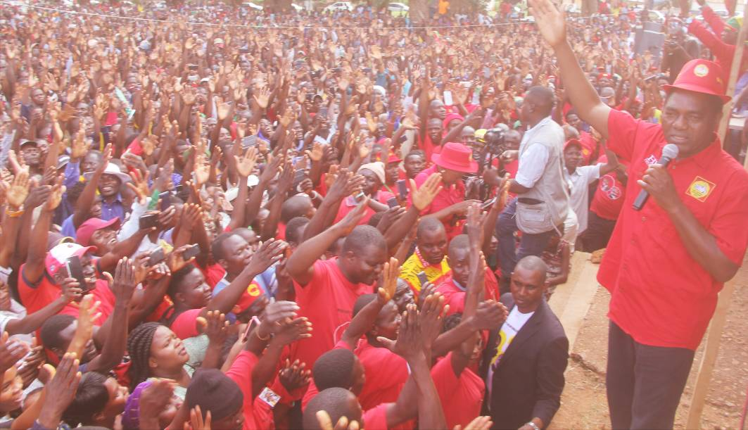 HH thanks Chipata for attending party exercise