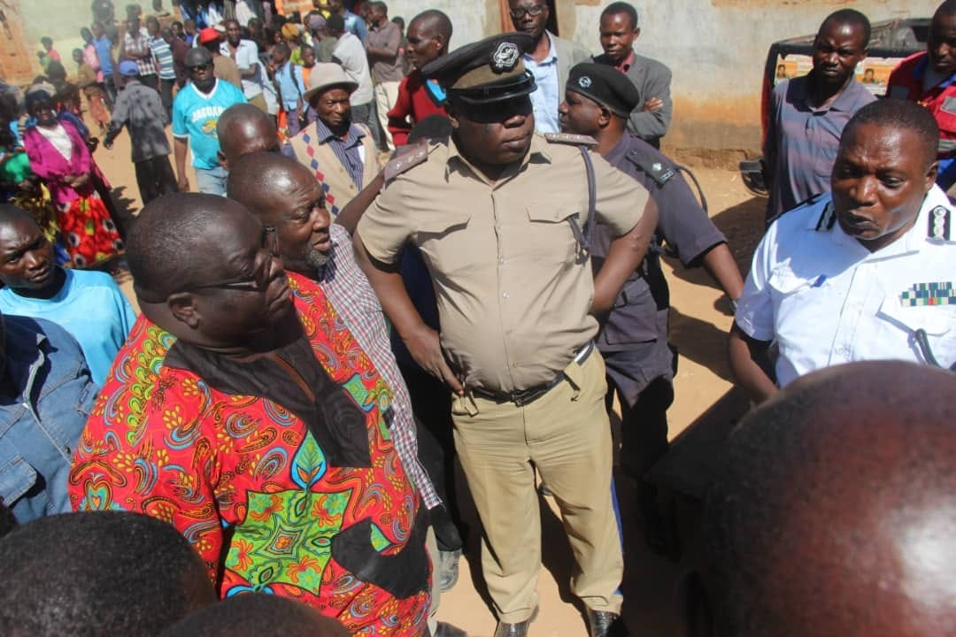 Police block Kambwili from campaigning