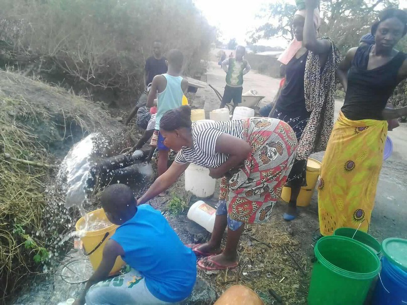 Photos of the day: water blues in Chingola