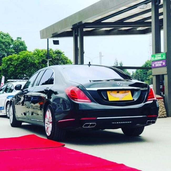 Photo Of The Day: Inside Presidential Car