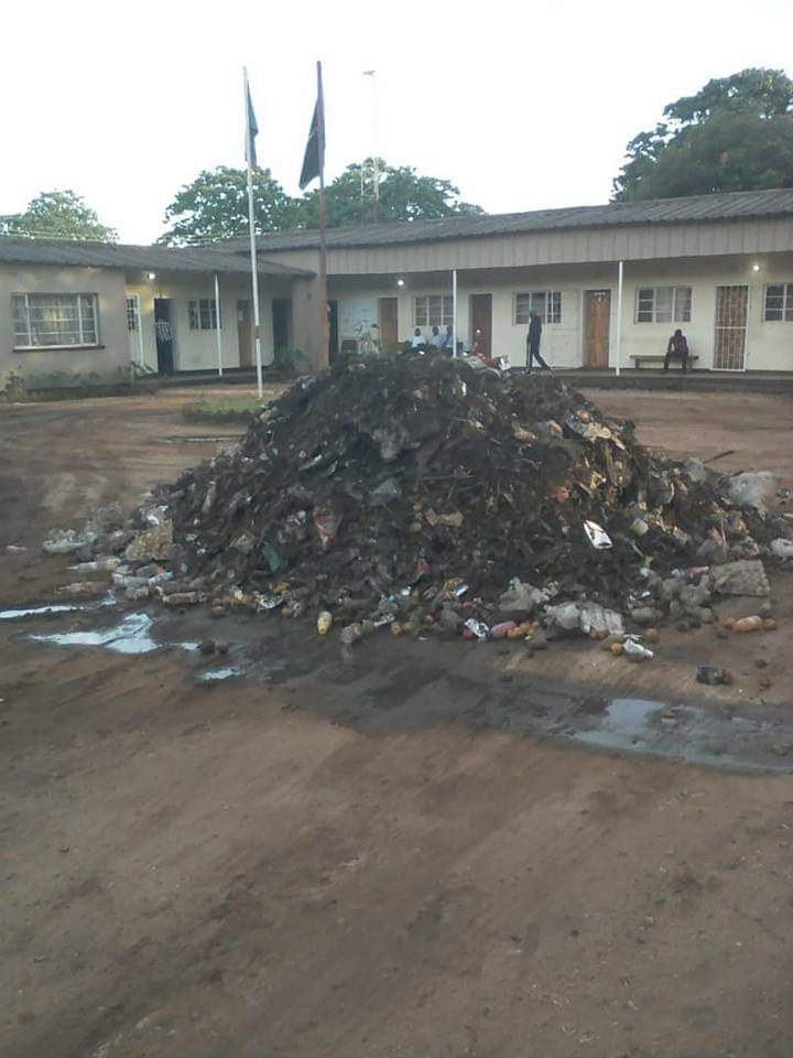 Protesting council workers dump garbage at offices