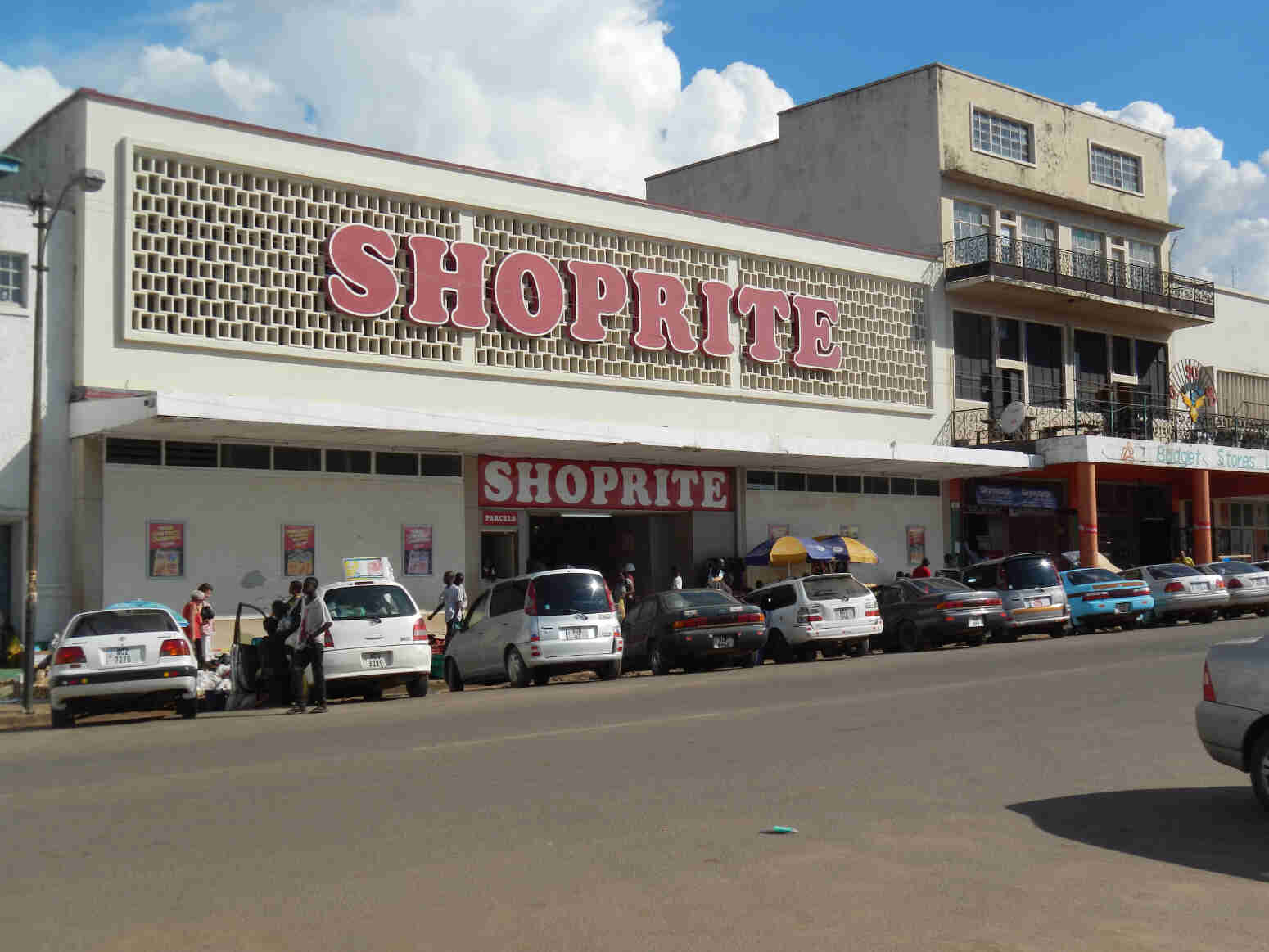 Shorprite Chingola accused of stealing from buyers