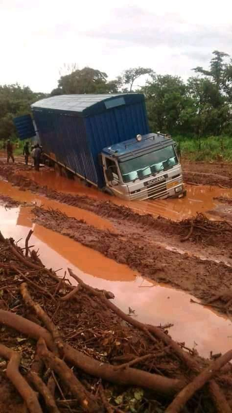 Photos of the day: roads in Solwezi