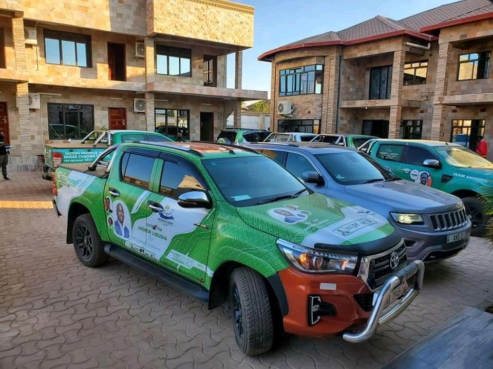 PF loots government funds during transition